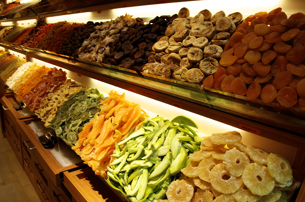 fresh organic dried fruits_S